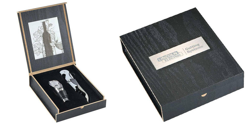 Branded Wine Accessories Gift Set